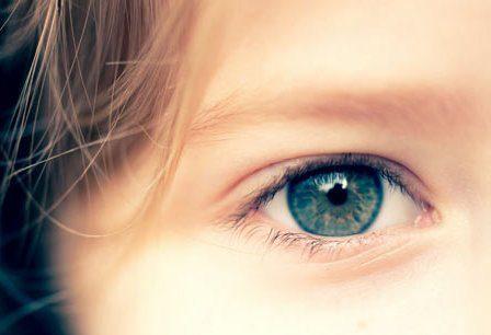 occhi-bambini-occhiale
